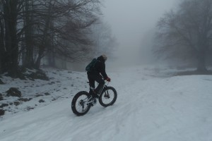 fat ebike on snow